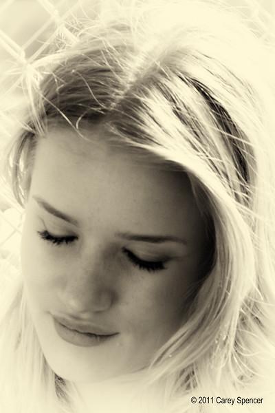 Lovely Rosie Huntington-Whiteley