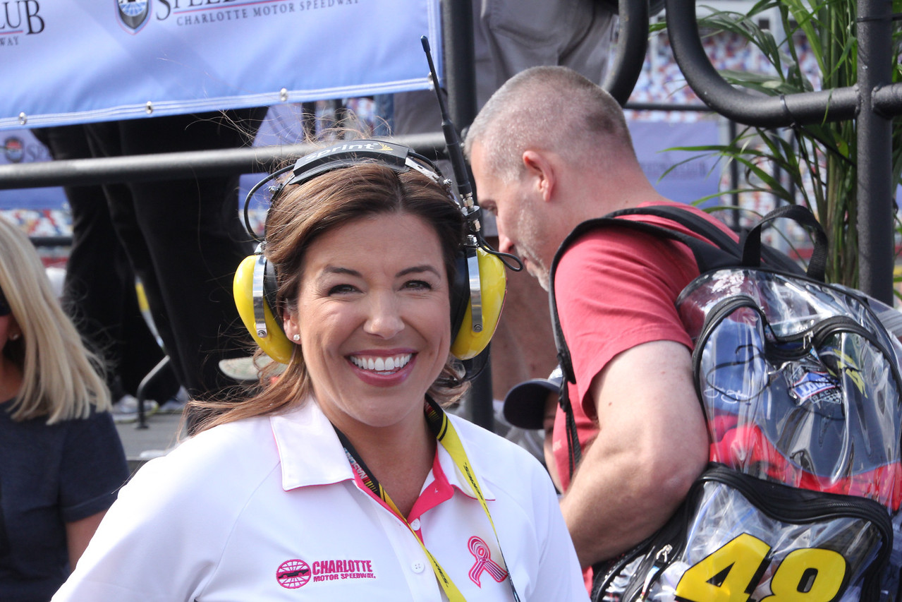 past Miss Sprint Cup is now a pit reporter. Good job Monica.