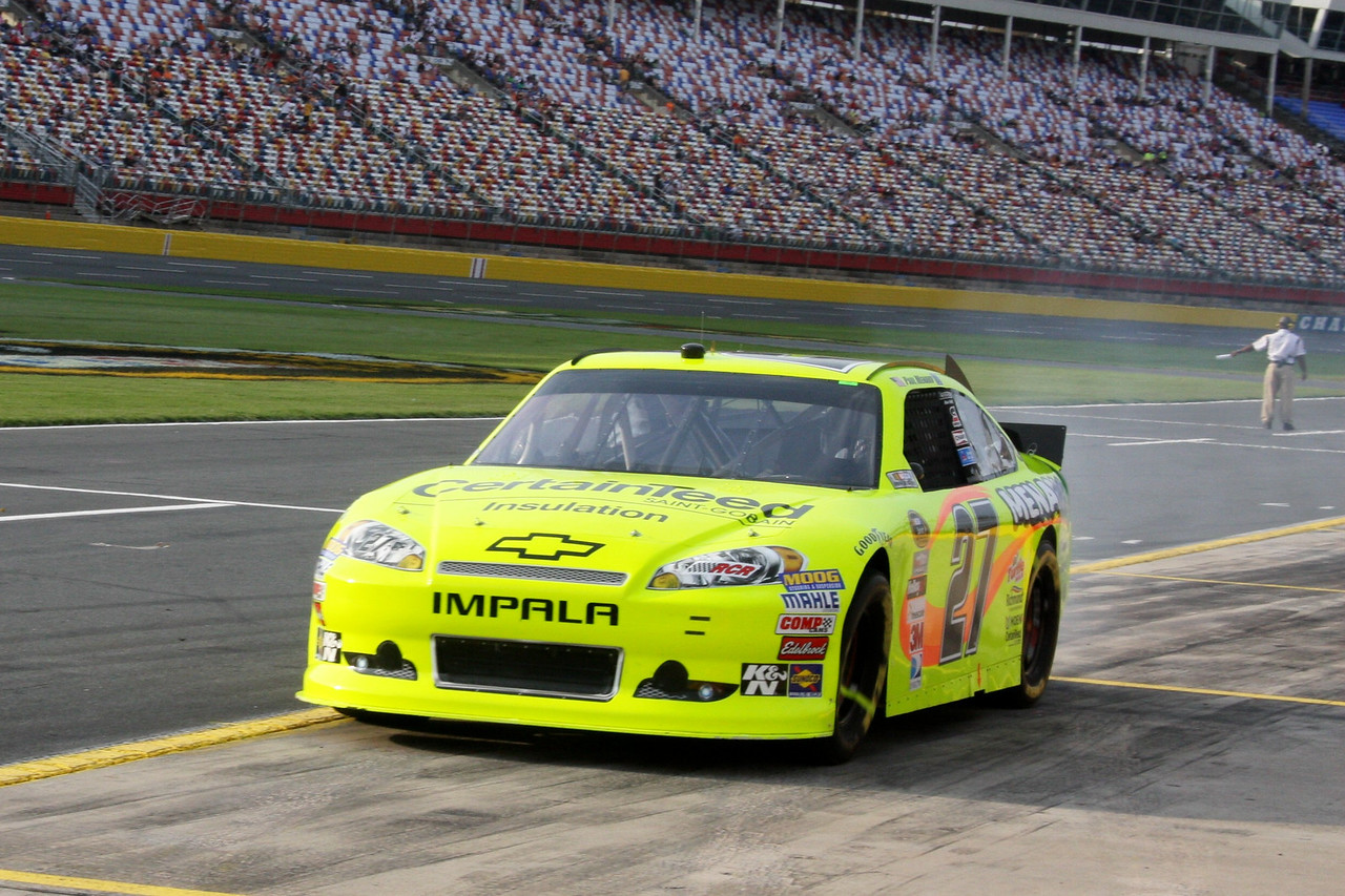 Menard makes pit stop during All Star qualifying