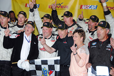 11 team wins Dover Truck Race