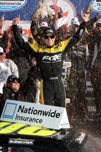 DY-NW300-ARI-IMG_7994-James Buescher in Victory Lane