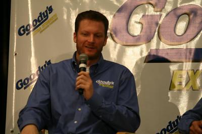 Sprint Cup Media Tour '13 030