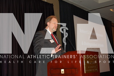 Chris Ingersoll, PhD, ATC, delivers the Behnke Keynote Address. Photo by Valerie Hunt/NATA
