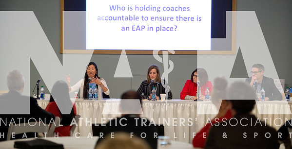 Renee Fernandes/NATA Cindy Chang, MD, UC San Francisco, left; Jody Redman, MN High School Leauge, Martha Lopez-Anderson, Parent Heart Watch and Jonathan Drezner, MD, UW Center for Sports Cardiology, leads the discussion during the breakout session on AEDs and EAPs for Sudden Cardiac Arrest.