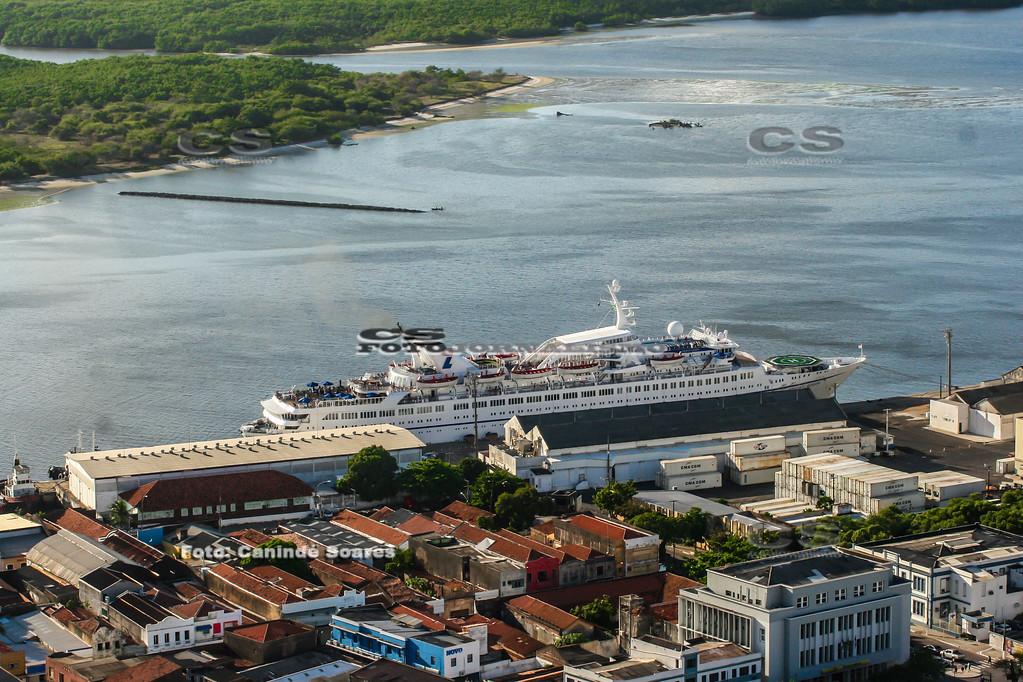 Cruzeiro no Cais do Porto