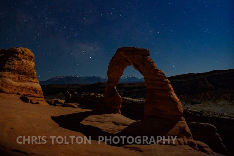 DELICATE ARCH IN MOONLIGHT