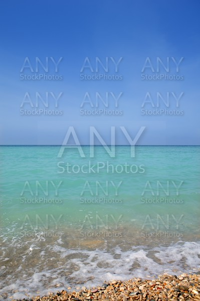 Caribbean vertical sea horizon turquioise water and blue sky
