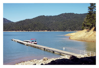 SHASTA LAKE, CAVERNS AND DAM