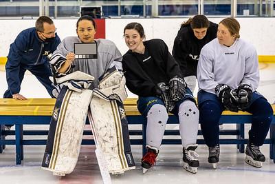 2021-NAVY_Womens_Ice_Hockey-1