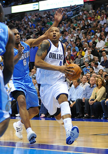March 29th, 2010   Dallas Mavericks forward Caron Butler #4 drives to the basket in a game between the Denver Nuggets and the Dallas Mavericks at the American Airlines Center in Dallas, Texas. Dallas wins 109-93