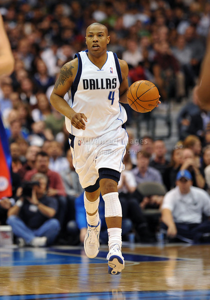 March 23rd, 2010  <br /> Dallas Mavericks forward Caron Butler #4 dribbles the ball<br /> in a game between the Los Angeles Clippers and the Dallas Mavericks at the American Airlines Center in Dallas, Texas.<br /> Dallas wins 106-96