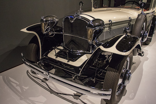 NC Museum of Art - Art Deco Car Exhibit