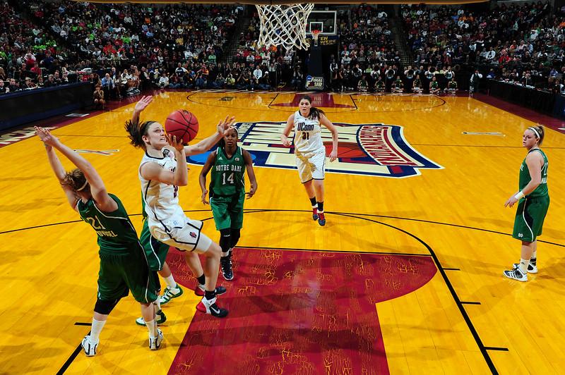Basketball Semifinals