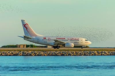 Tunisair Boeing 737-6H3 TS-IOM 12-1-18