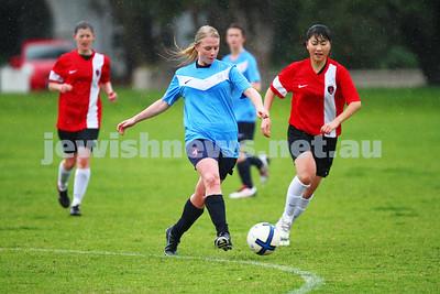NCMFC Senior Women v La Trobe 12-7-15