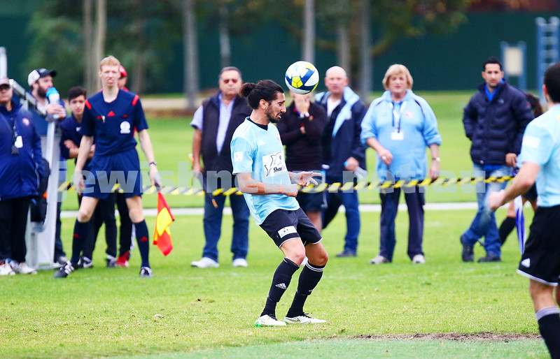 8-5-16. North Caulfield Maccabi Football Club (NCMFC) 4 def Penninsula Strikers 1. Caulfield Park. Ilya Davidov. Photo: Peter Haskin