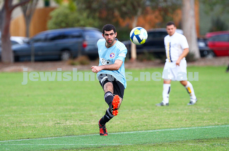 26-4-15. North Caulfield Maccabi Football Club lost to Peninsula Strikers 3 - 4 at Caulfield Park. Photo: Peter Haskin