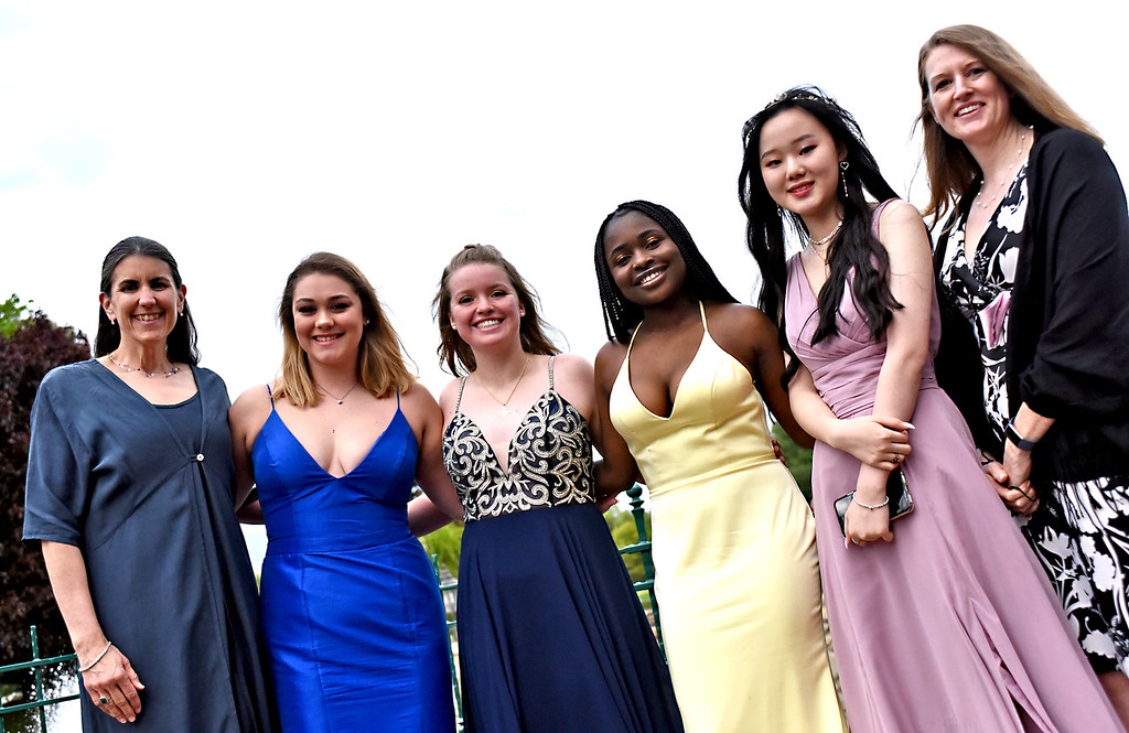 . Class Advisors with NDA Class officers, L-R, Laura Cosgrove class Advisor,  Class officers Lindsey Hanrahan 18 of Westford, Caitlin Ryan 17 of Groton, Titiana Tambl 17, Grace Cai 18 of Lowell and Nicole McKnelly Class Advisor at NDA prom. SUN/David H. Brow