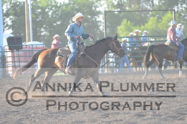 05-Steer Wrestling-New Salem