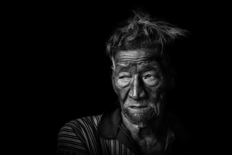 Life encapsulated, Konyak man