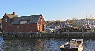 The red fish shack is called motif #1, and is usually photographed or painted from another angle off to the left of where I'm standing, but this shows the harbor inside the breakwater on the same day...considerably calmer than out in the open water.