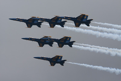 ...those aren't just any Hornets, they're the U.S. Navy's Blue Angels!