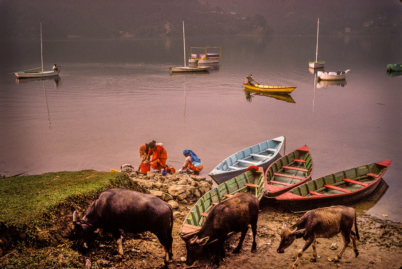 Washer Women, Pokhara