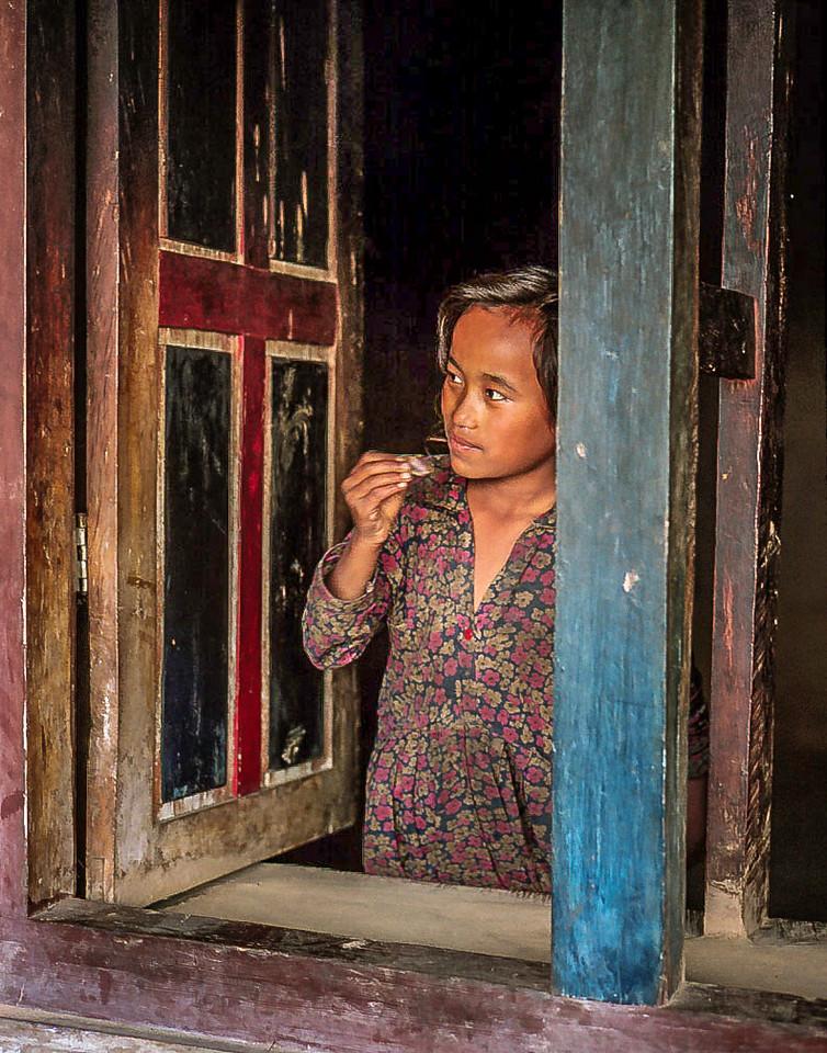 Girl at window, Goisankund