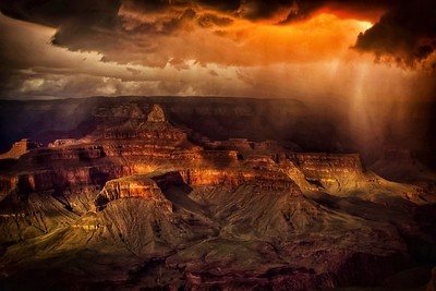 GRAND CANYON RAIN STORM EXPLOSION