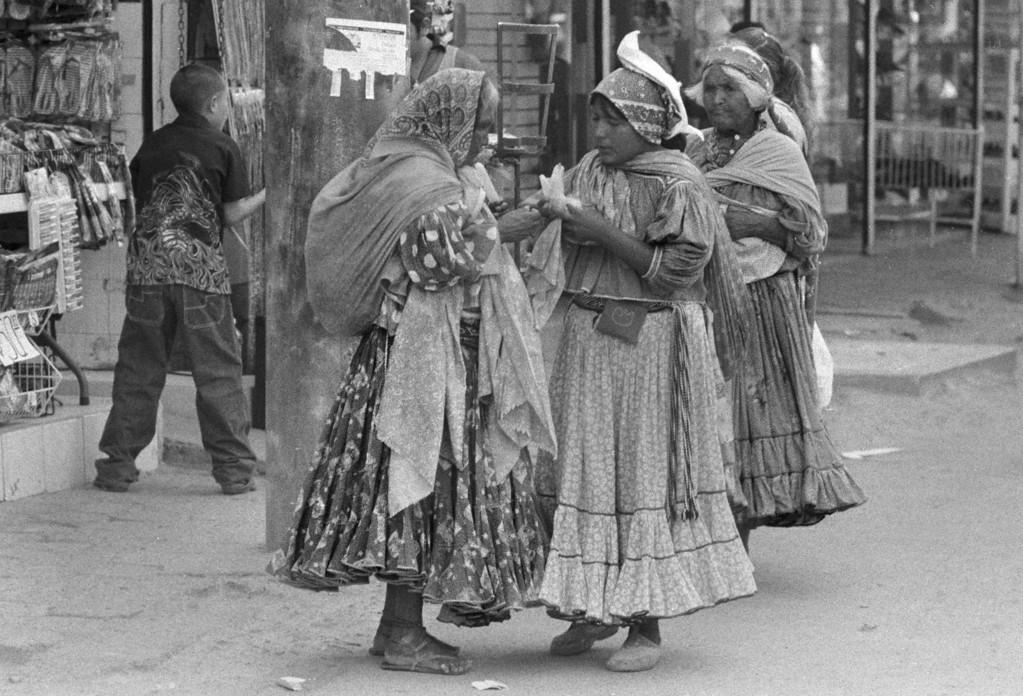 Tarahumara Women in El Mercado