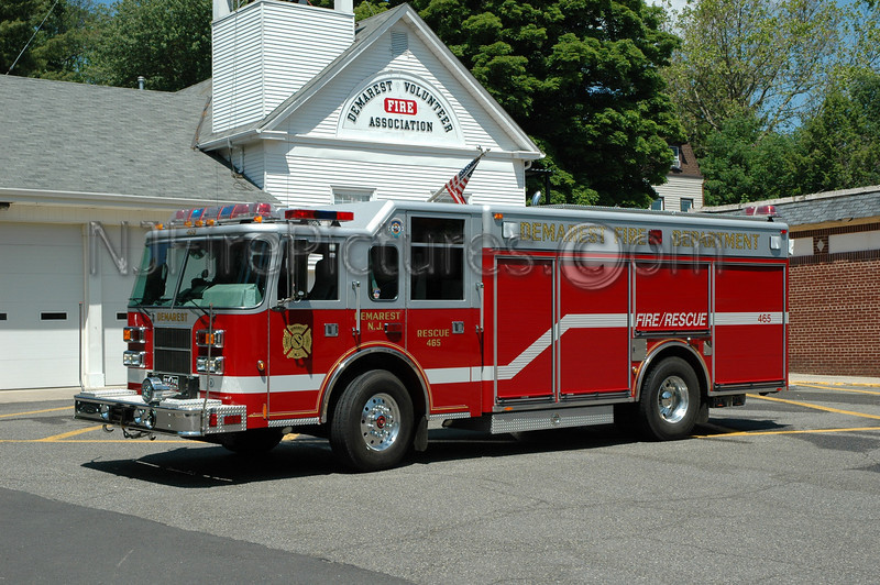 Demarest - Rescue 465 - 2001 Pierce Saber