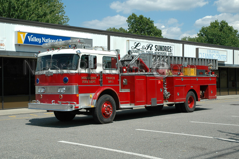 MOONACHIE, NJ LADDER 805