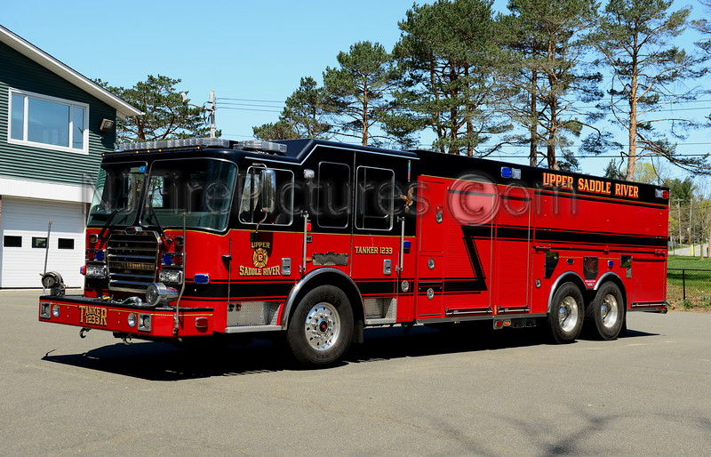 UPPER SADDLE RIVER, NJ TANKER 1233