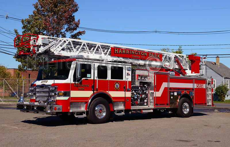 HARRINGTON PARK, NJ LADDER 569
