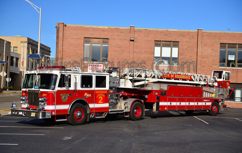 HACKENSACK, NJ LADDER 2