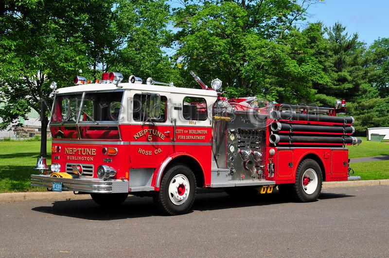 BURLINGTON CITY (NEPTUNE HOSE CO.) ENGINE 9052 - 1970 WARD LAFRANCE 1500/500