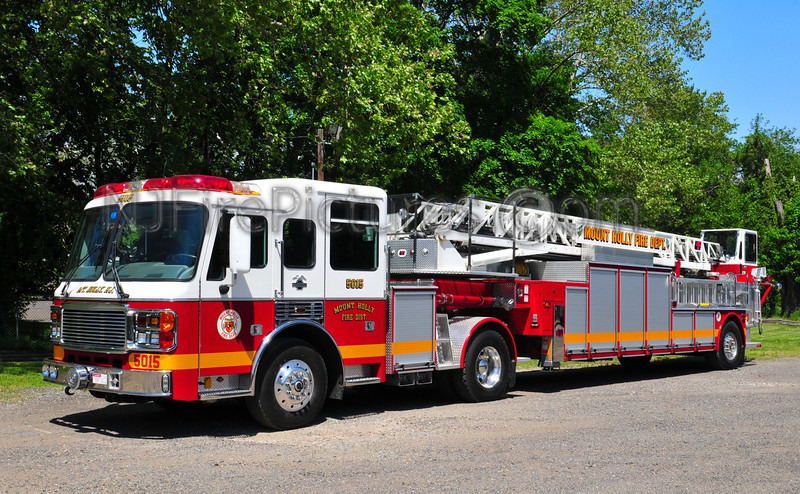 Mount Holly Ladder 5015 - 2000 American LaFrance Eagle/LTI 104' TDA