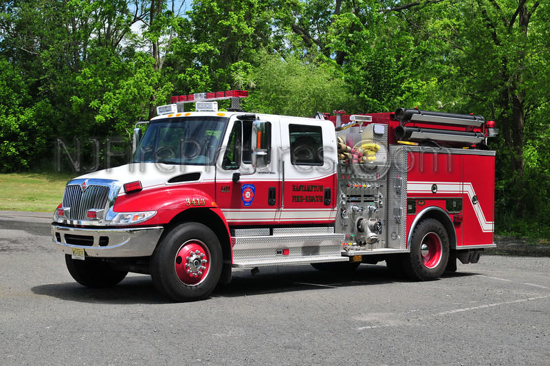 Eastampton Engine 3413 - 2003 International 4400/KME 1250/750
