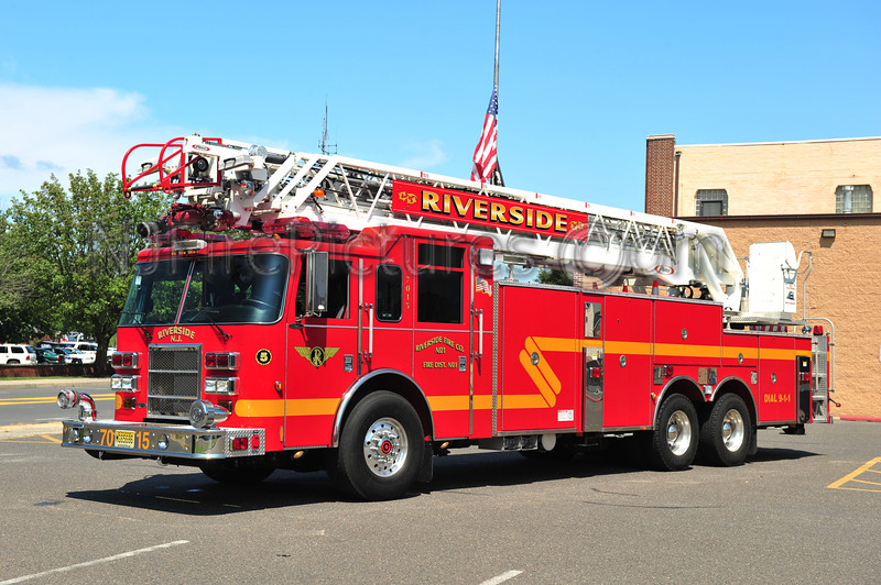 RIVERSIDE, NJ LADDER 7015