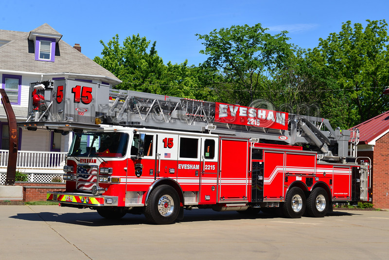 EVESHAM, NJ TOWER LADDER 2215