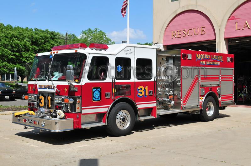 Mount Laurel Engine 31 - 1997 Simon Duplex/Saulsbury 1500/600