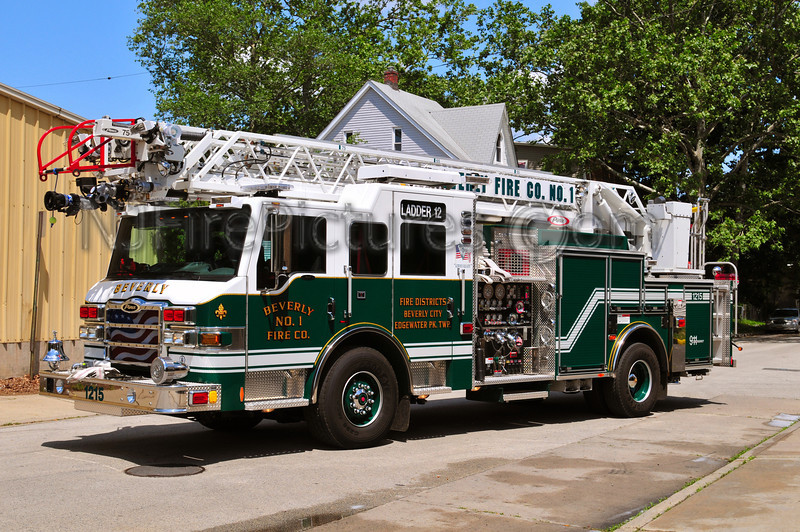 BEVERLY LADDER 1215 - 2010 PIERCE IMPEL 2000/400/75'