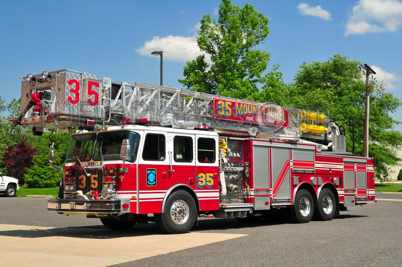 Mount Laurel Tower 35 - 2001 Emergency One 1250/300/95'