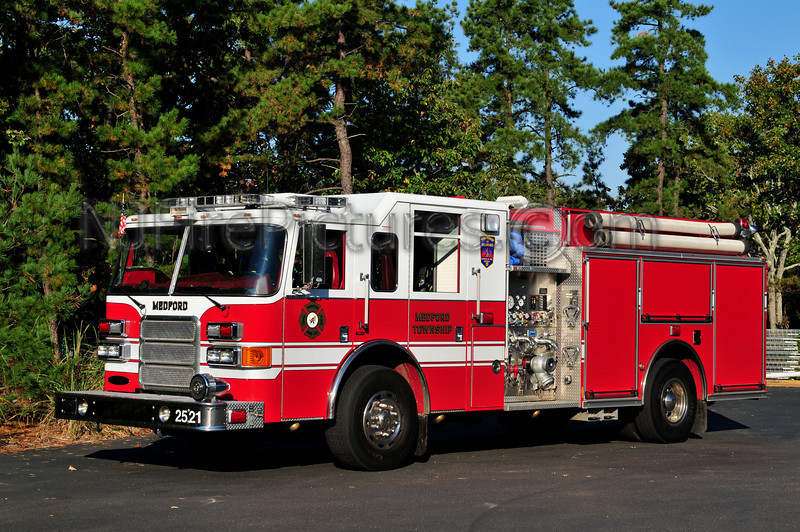 MEDFORD TWP ENGINE 2521 - 2007 PIERCE ENFORCER 1500/795