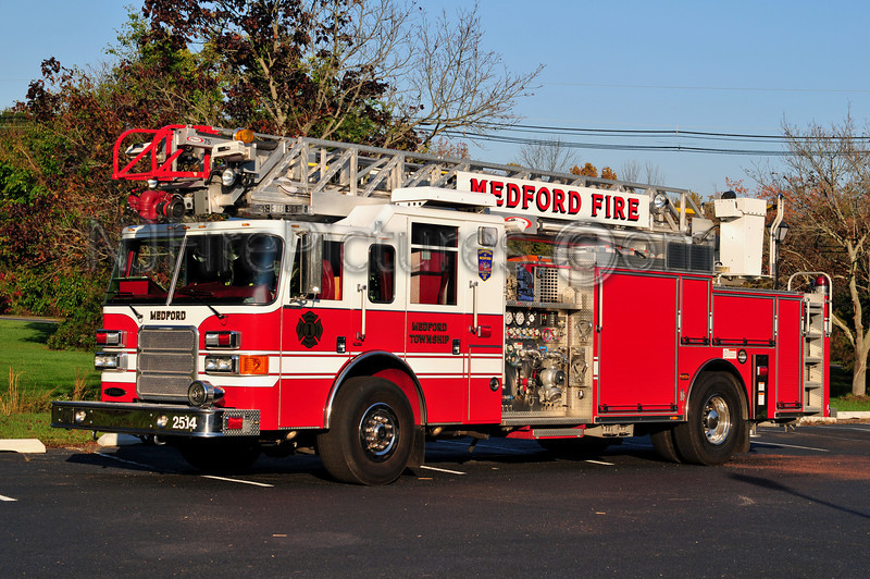 MEDFORD TWP LADDER 2514 - 2007 PIERCE ENFORCER 1500/500/75'
