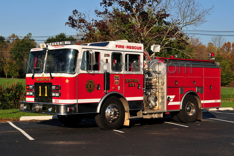 MEDFORD TWP ENGINE 2511 - 1996 KME RENEGADE 1000/500
