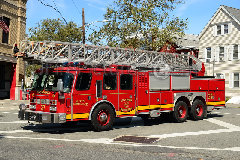 NEWARK, NJ RESERVE LADDER 37