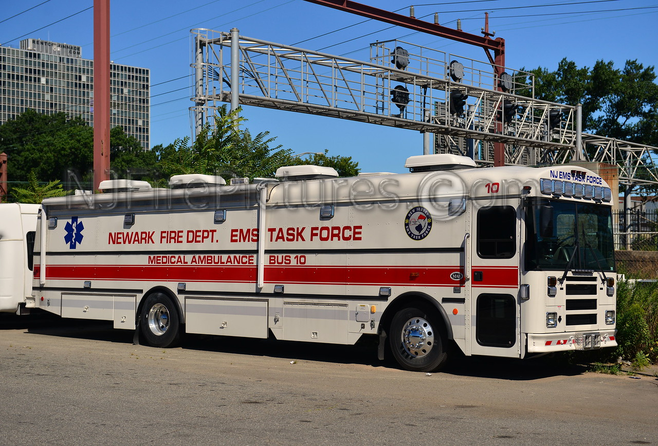 NEWARK, NJ MEDICAL AMBULANCE BUS 10
