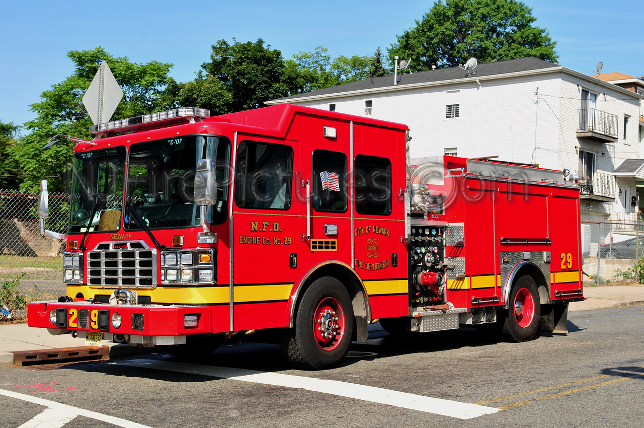 NEWARK, NJ ENGINE 29 - 2011 FERRARA EMBER 1500/750