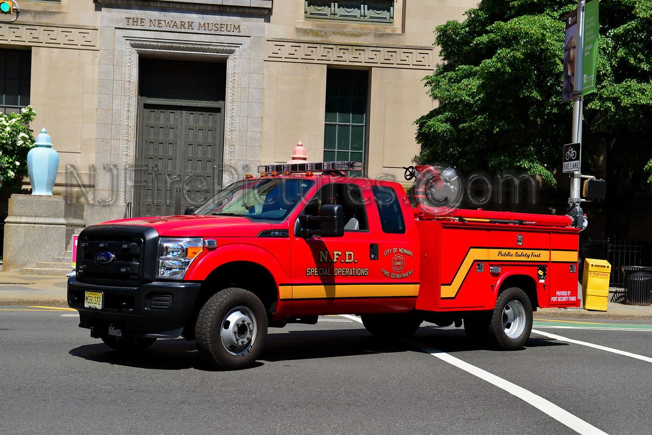 NEWARK NJ QUICK ATTACK - 2012 FORD F350/KNAPHEIDE